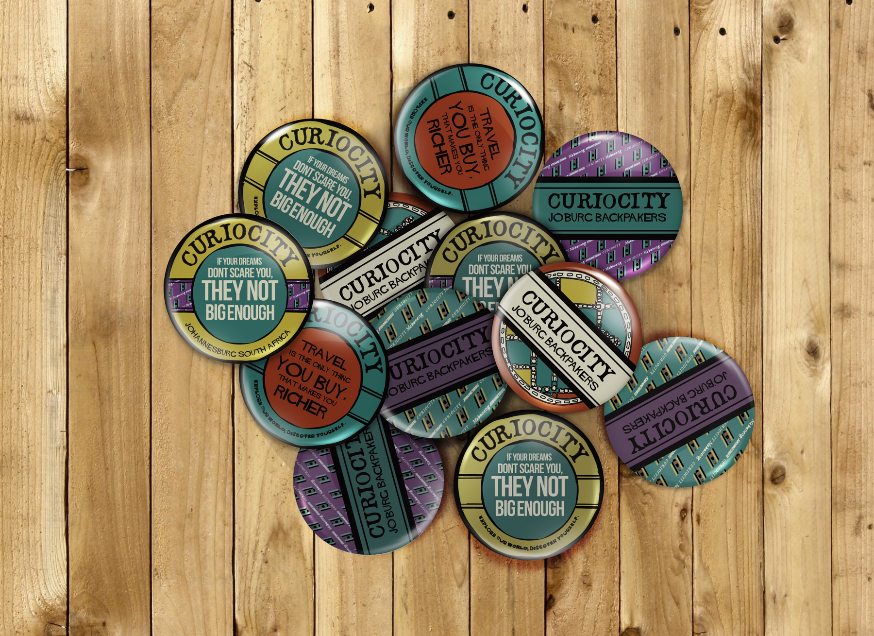 Curioucity_ButtonBadge_110914-2